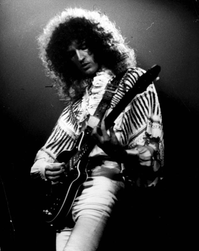 All your letters in the sand — Brian May Brian may
