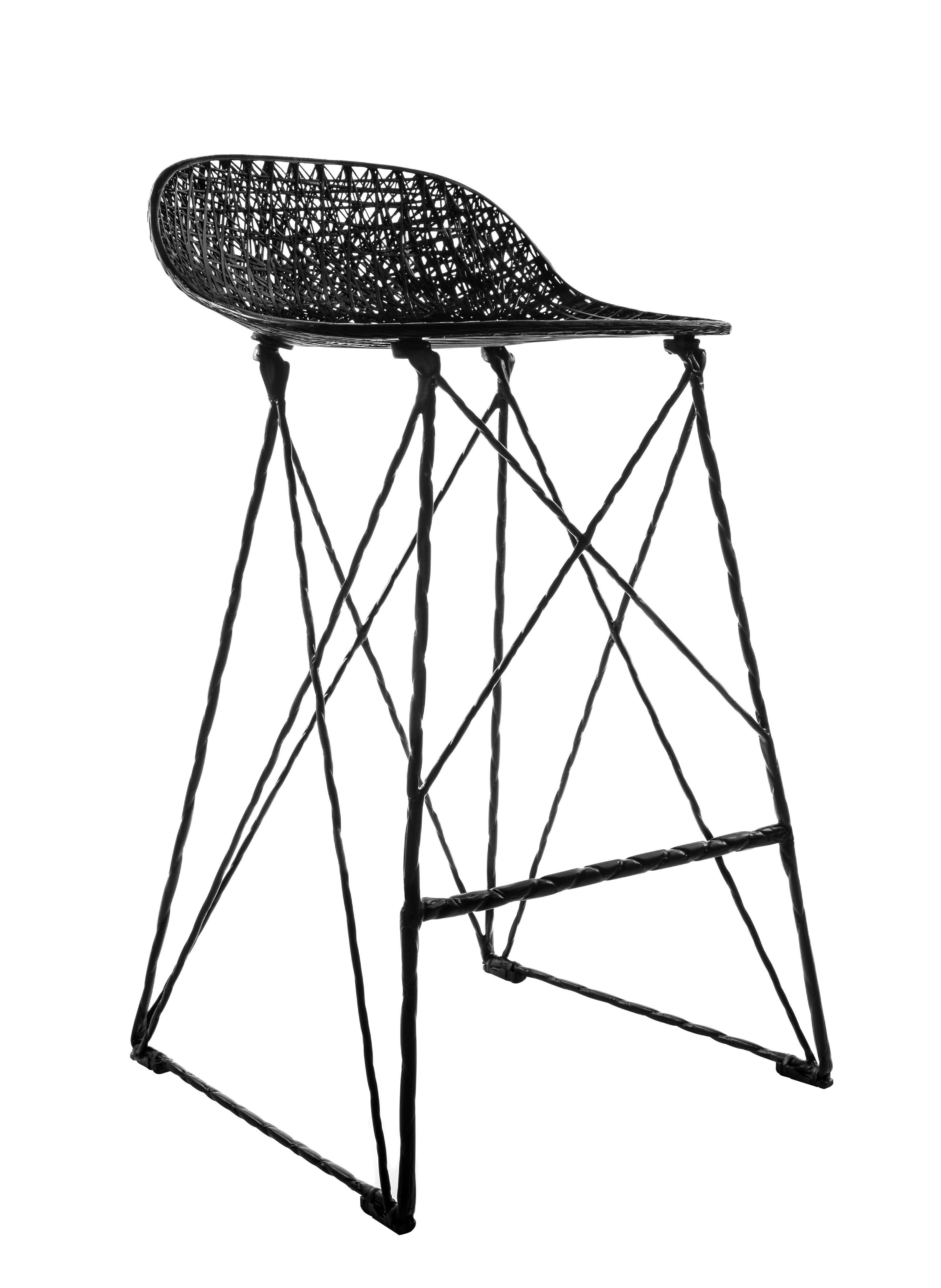 tabouret haut carbon outdoor h 66 cm fibre de carbone moooi tabouret pinterest stool. Black Bedroom Furniture Sets. Home Design Ideas