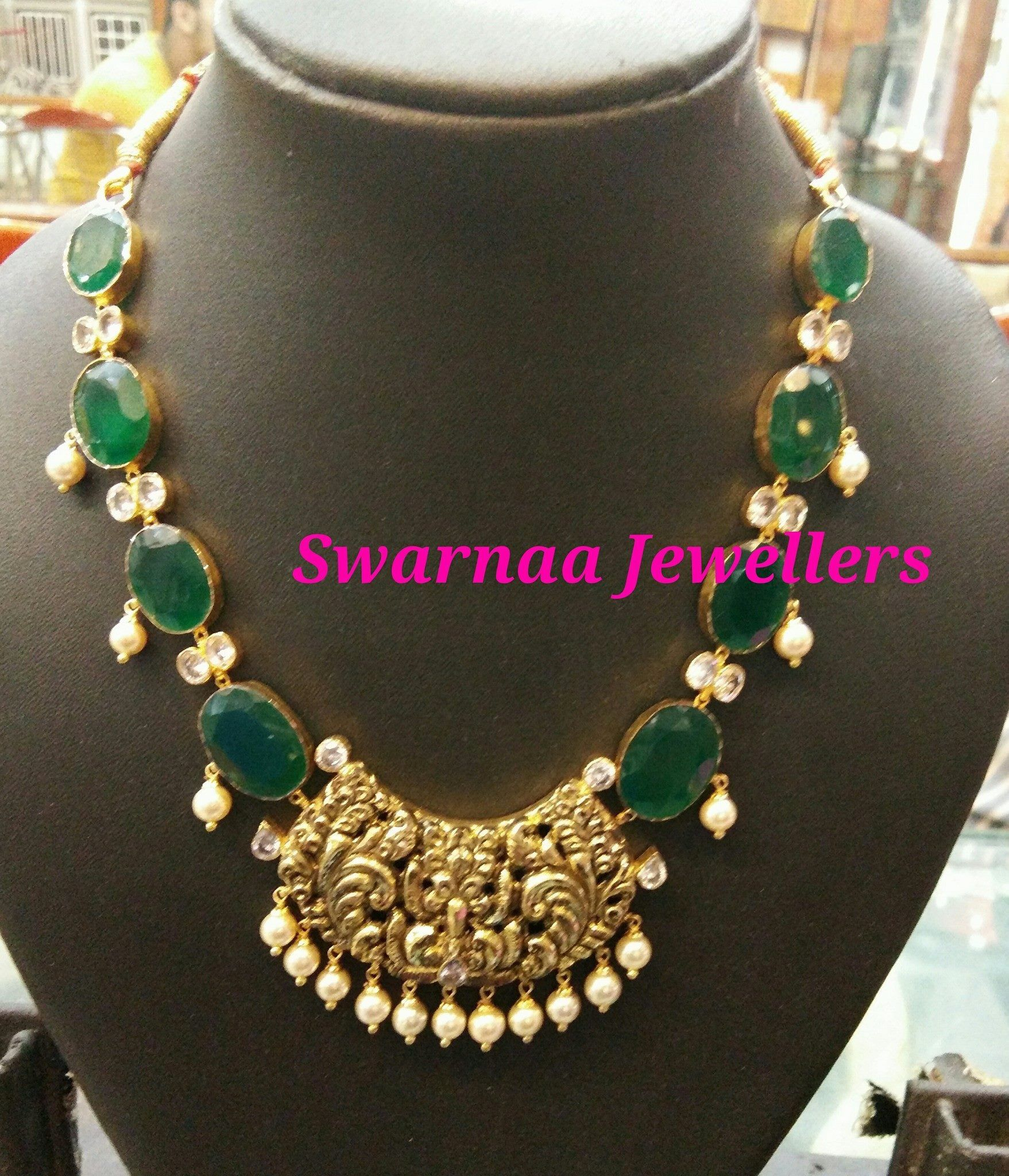 0c40b6e6f Emerald inspired South Indian Jewellery | indian stuff in 2019 ...