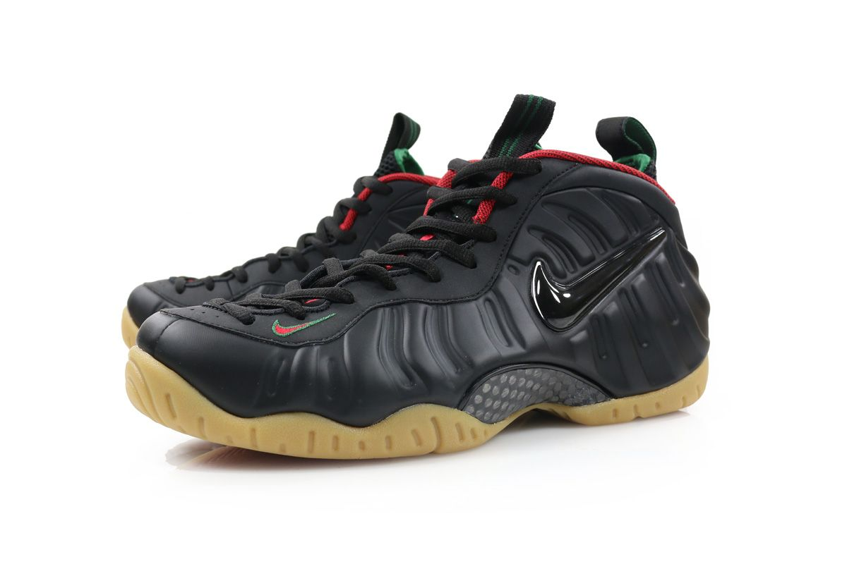 The shoe features a full Black matte-finished Foamposite shell, along with  a matching