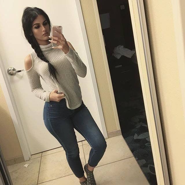 woman-sssniperwolf-online-dating-video-mexican-milf