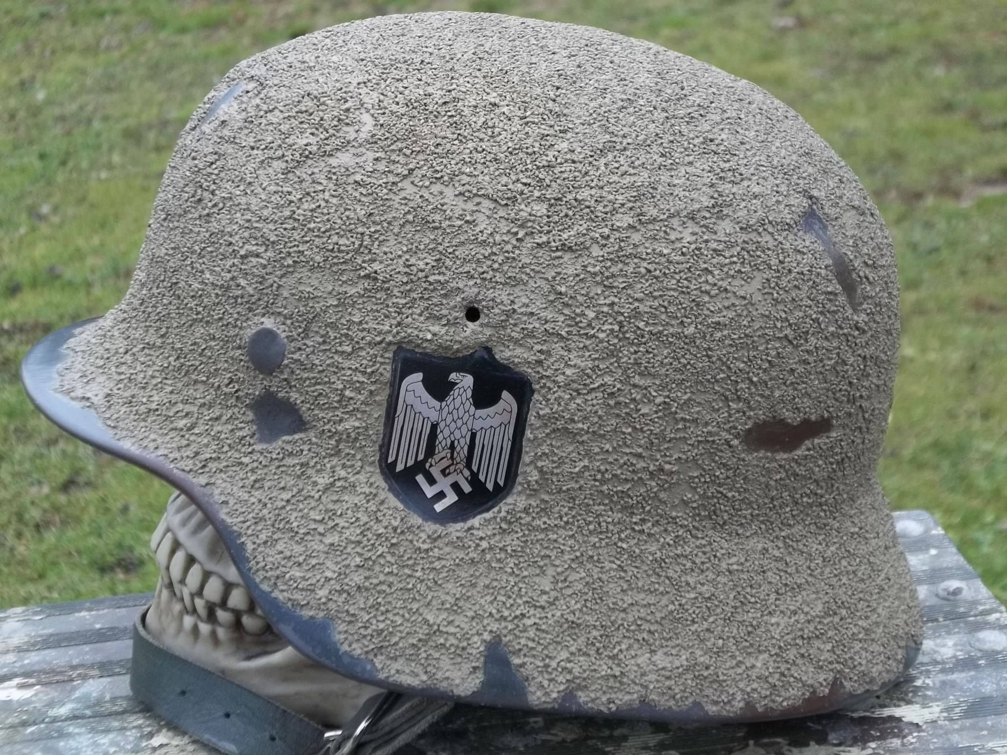 German zimmerit helmet