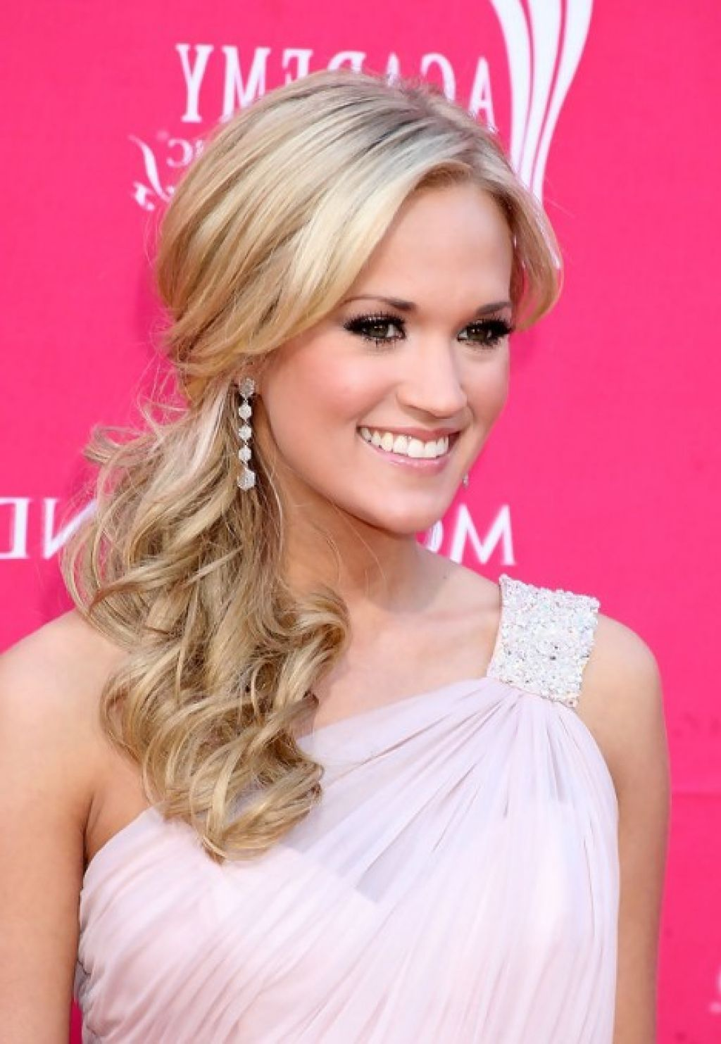 Hairstyles For One Shoulder Dresses Side Ponytail Wedding Hairstyles Long Hair Styles Shoulder Hair