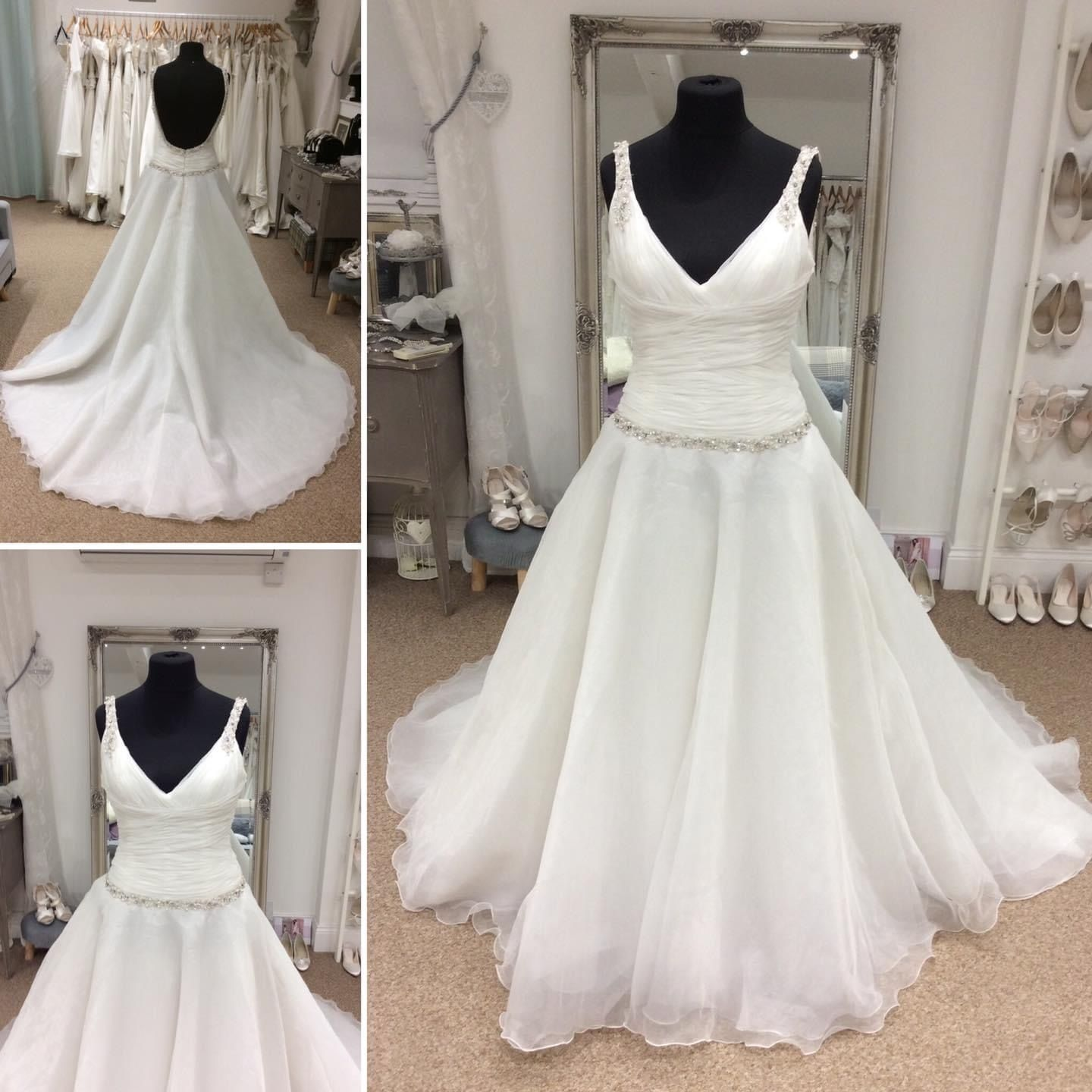 Wedding Dress In 2020 Dresses A Line Wedding Dress Wedding Dresses