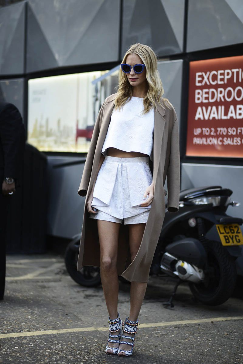 Poppy Delevingne | Crop top and shorts + ethnic sandals