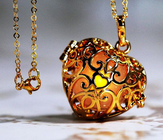 Golden Amber - Glowing Heart  in 18K GOLD GP - Gold gp  Link Chain, Glow Pendant, Glow in the Dark, Glow Jewelry