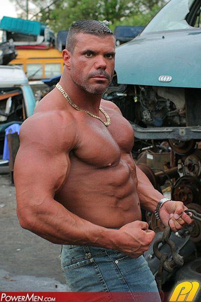 Huge gay muscle men