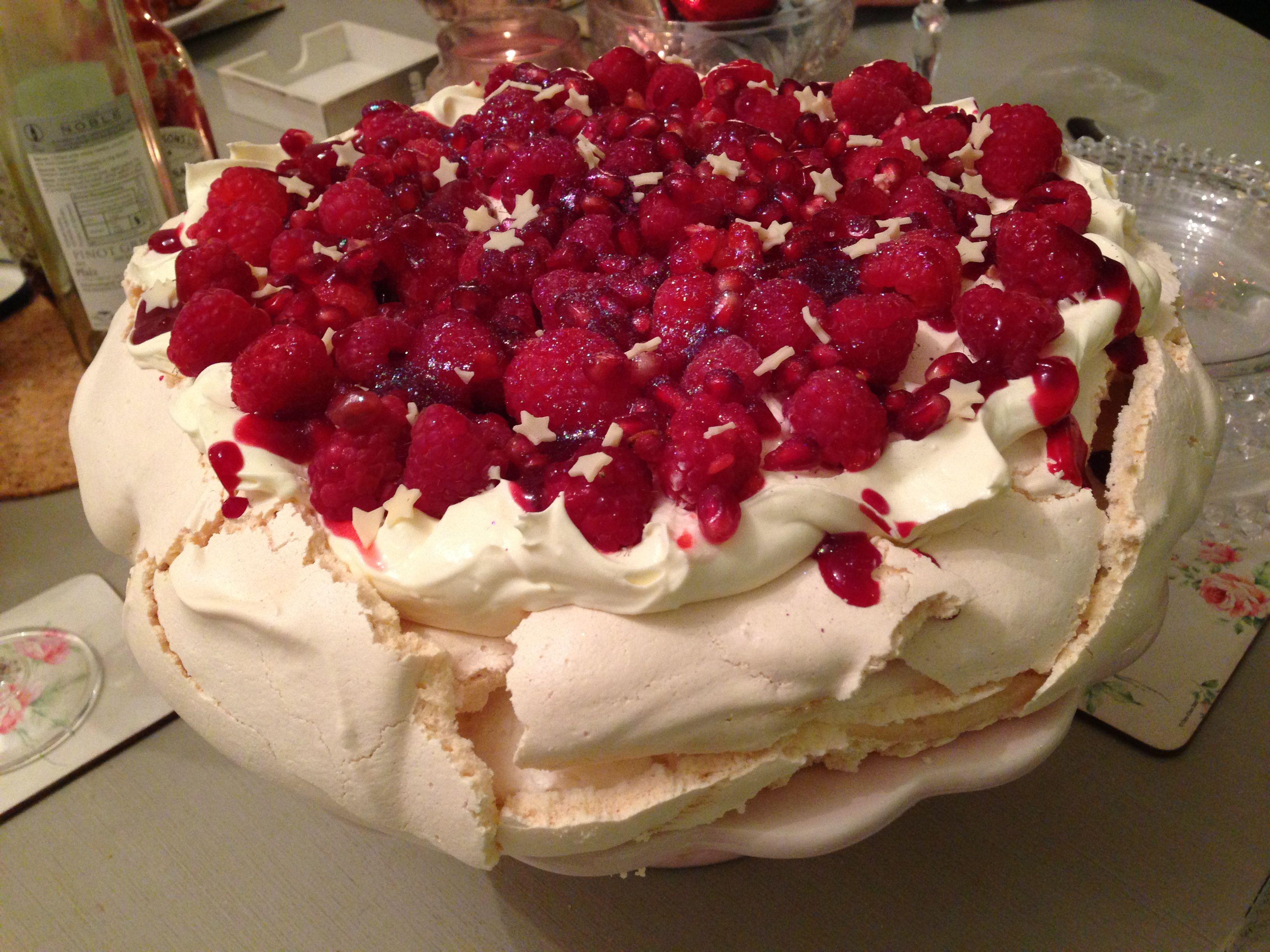 Christmas Cake Recipe Uk Nigella: Nigella's Christmas Pavlova - Fluffy Bliss!