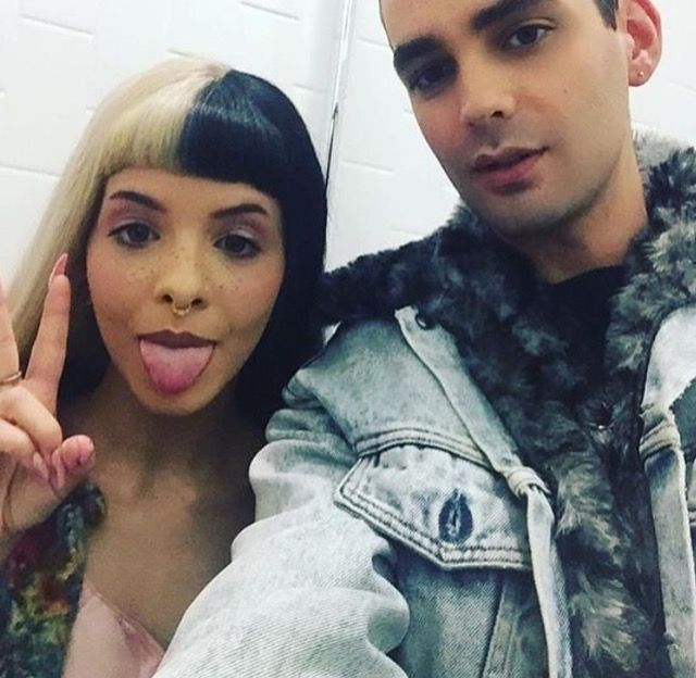 MELANIE MARTINEZ & THE INTERVIEWER FROM THE CRY BABY PERFUME YOUTUBE LIFESTREAM DEC 1ST 2016