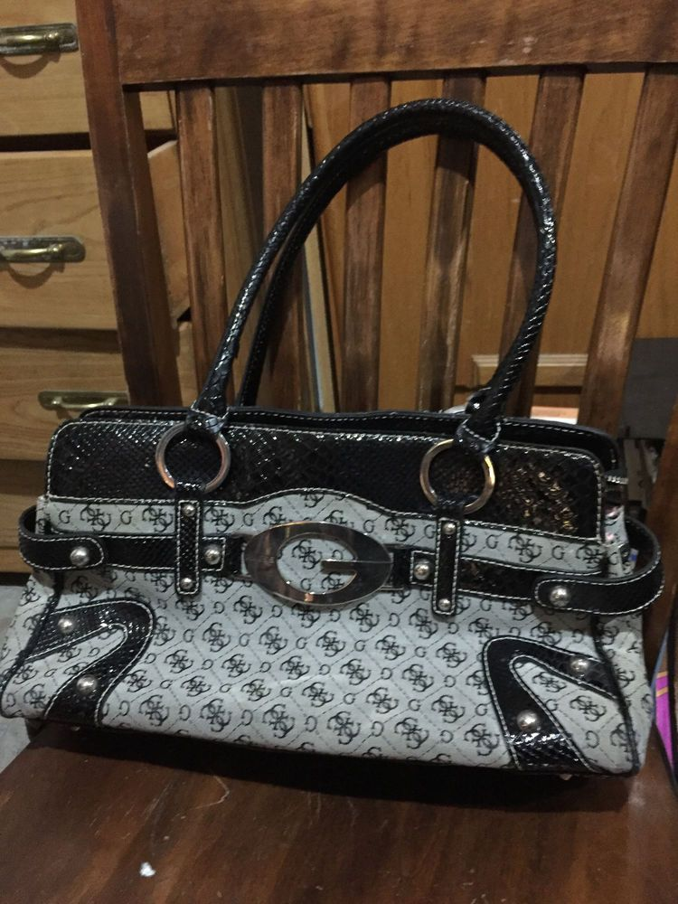 Authentic Guess Handbag Gray and Black with GGG Pattern tote purse Satchel 3cbc9c8edca75