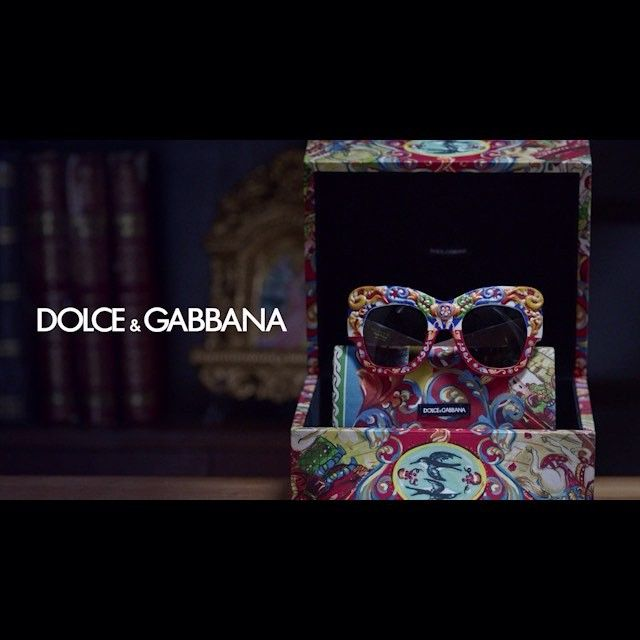 Dolce&Gabbana Pays Homage To The Sicilian Cart With A