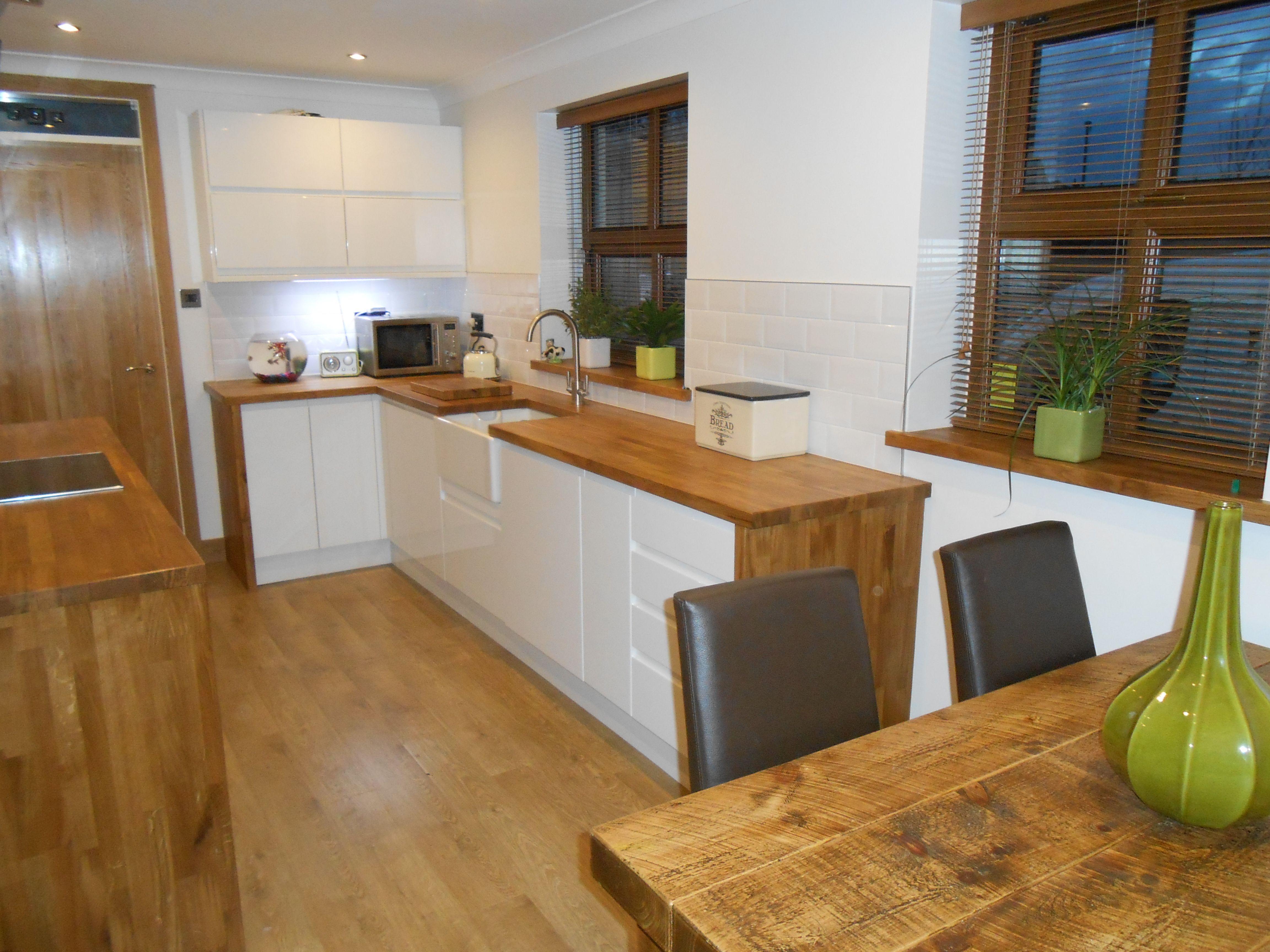 white gloss kitchen oak worktop Google Search Brillo