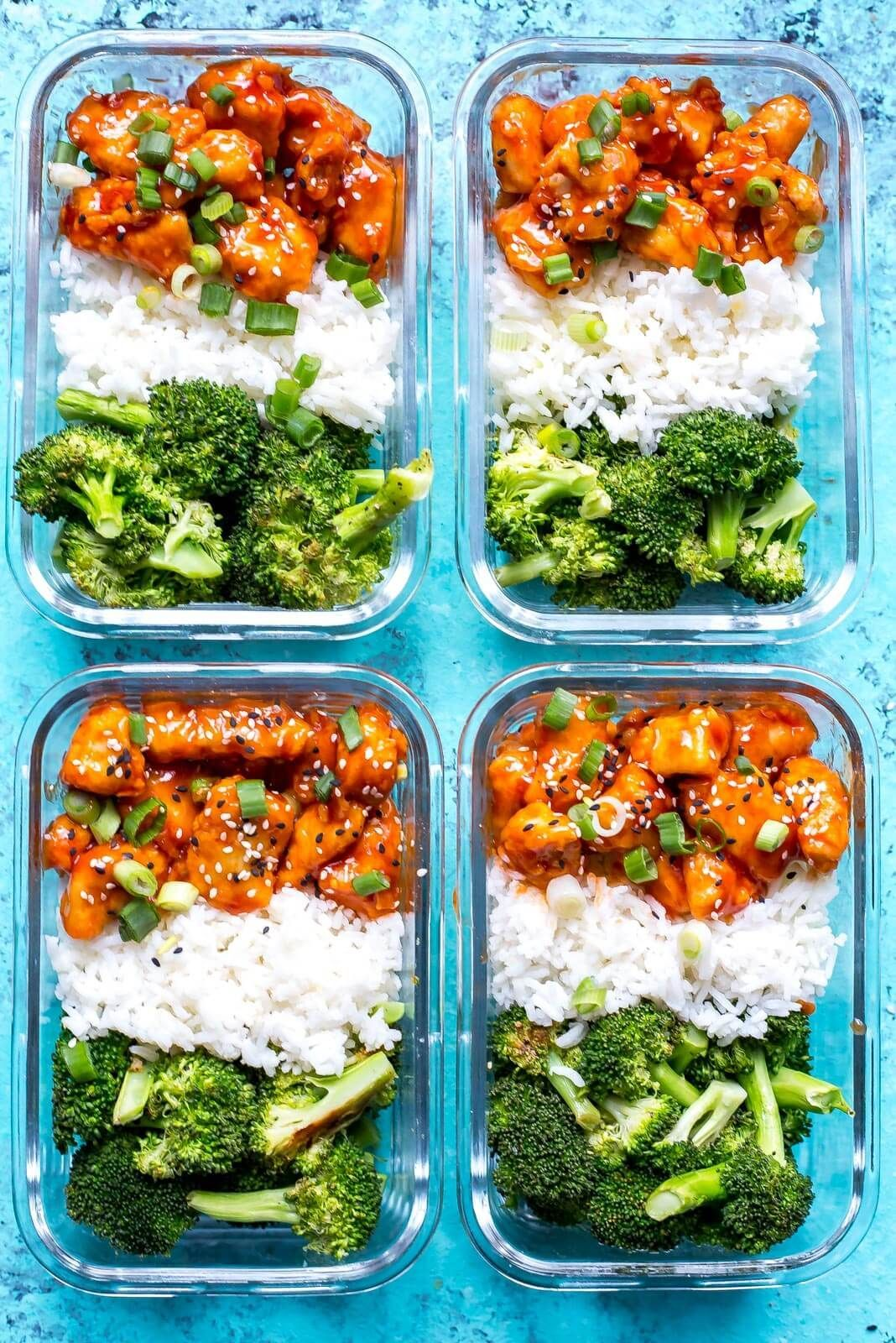 Sriracha Chicken Meal Prep Bowls with broccoli and jasmine rice. MADE IT.