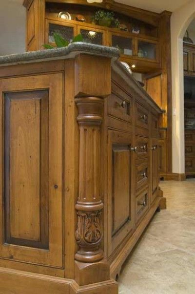 This Corner Detail Illustrates The High Degree Of Craftsmanship Found In Craig Sowers Cabinets New Mexico Homes Kitchen Island Posts Home