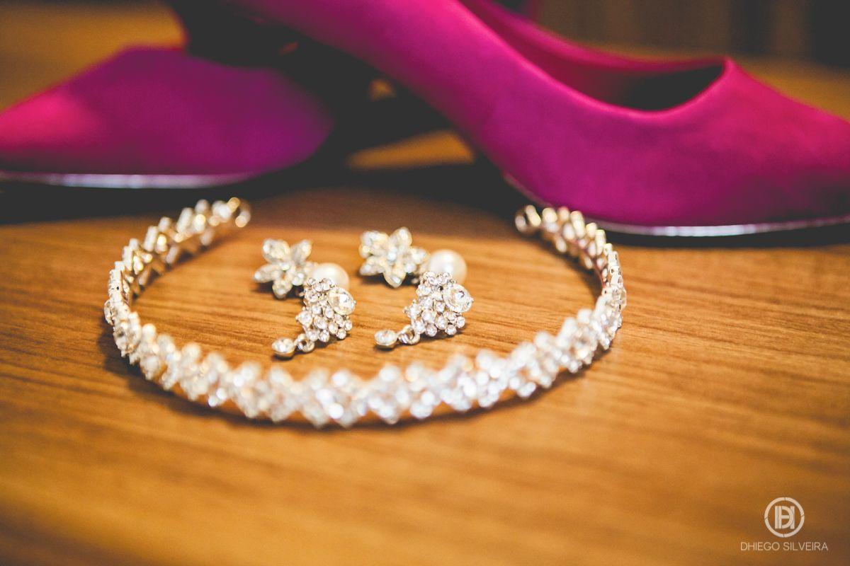 Inspiração acessórios casamento com sapato rosa :)