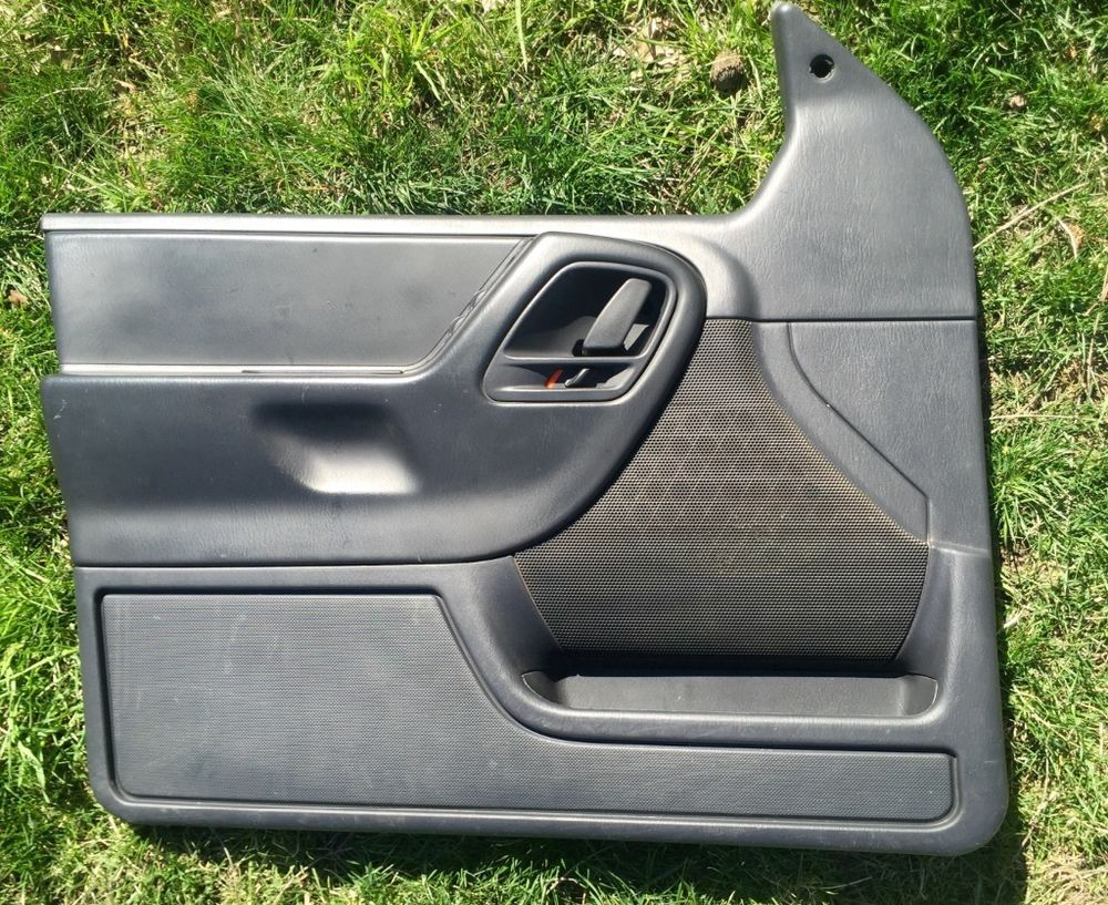 1999 2004 jeep grand cherokee laredo driver left door panel black agate oem