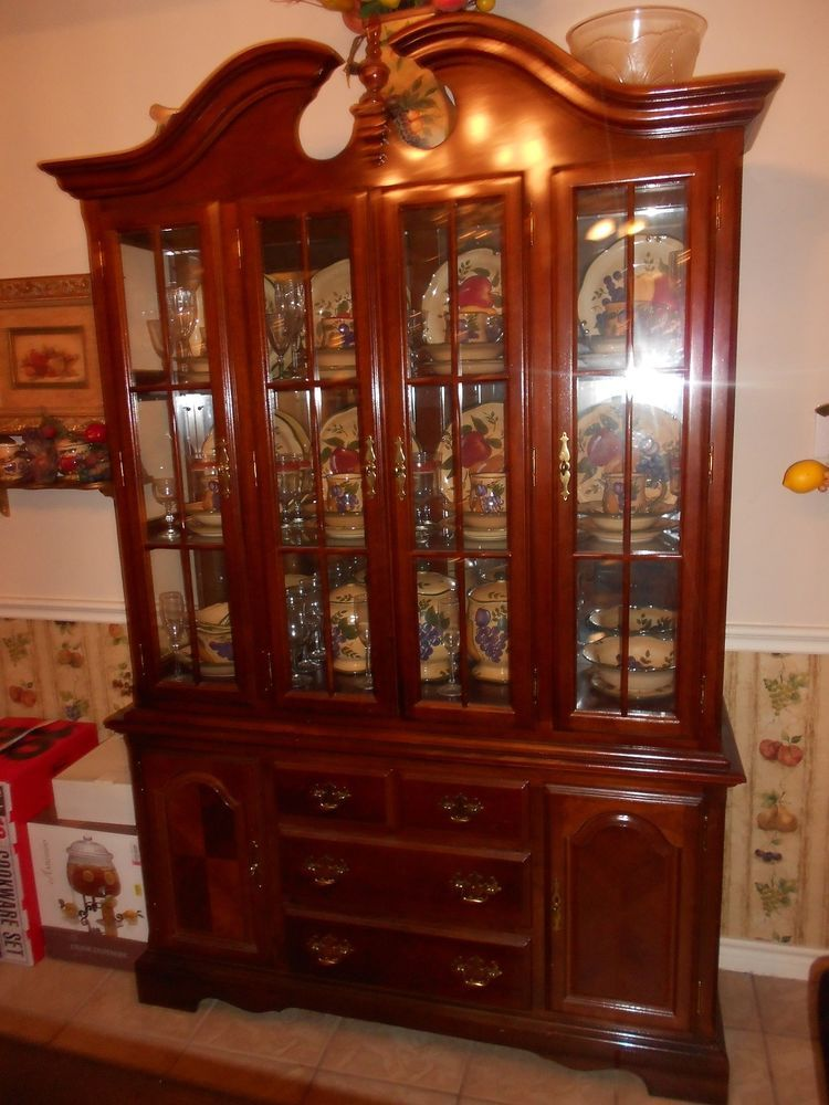 Cherry Wood China Cabinet Used Cherry Wood China Cabinet Cherry China Cabinet China Cabinet