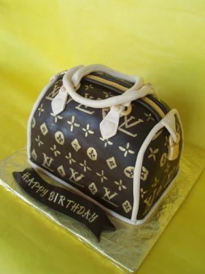 pocketbook cake!!!