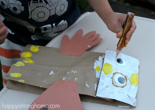 Exploring Patriotic Symbols Crafts: Bald Eagle Craft Puppet