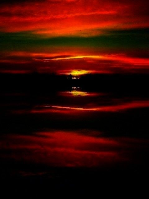 - Sunsets & Sunrises -Surreal Sunrise   - Sunsets & Sunrises -  - Sunsets & Sunrises -Surreal Sunr