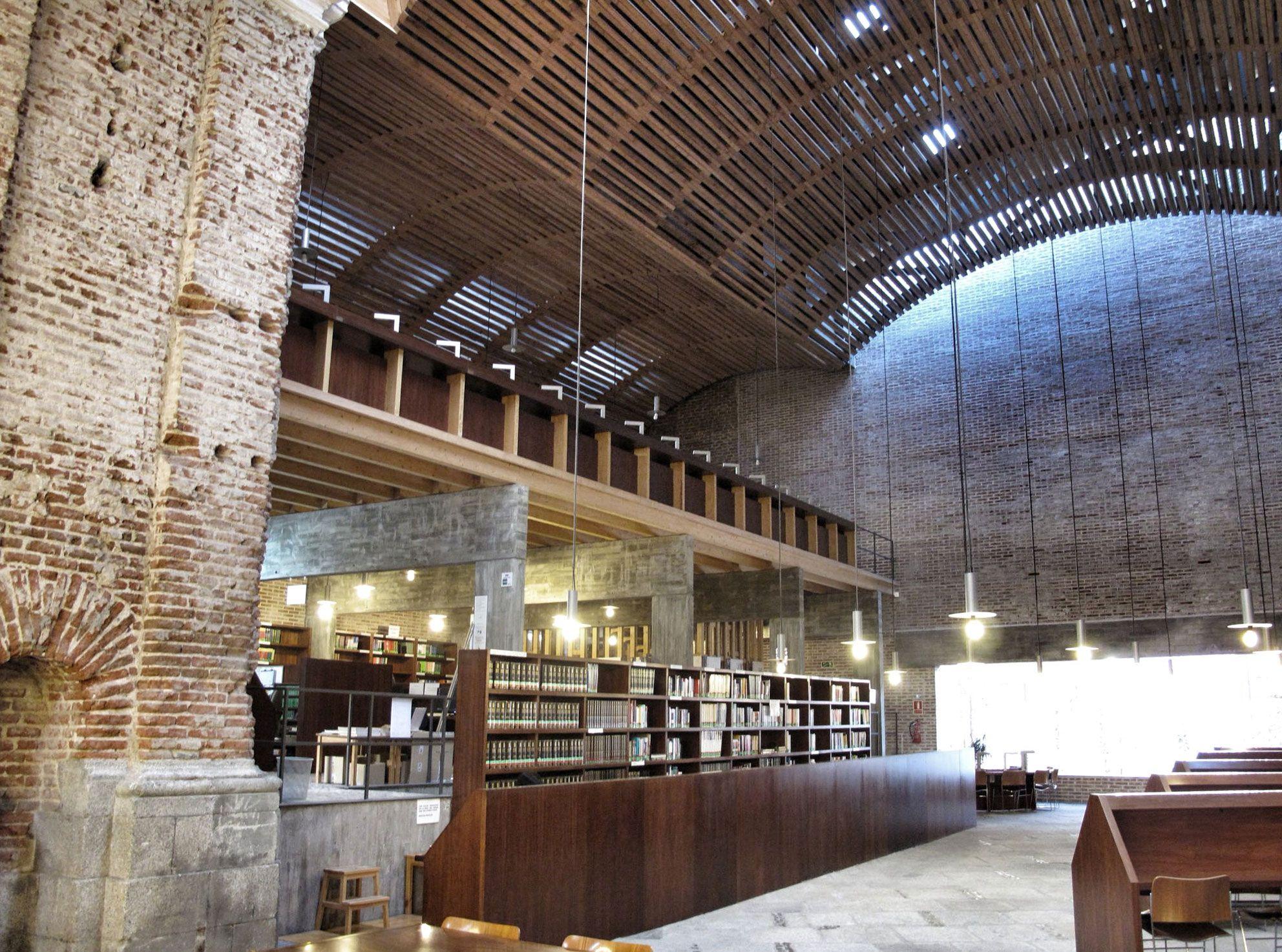 biblioteca de las escuelas pias - Google zoeken