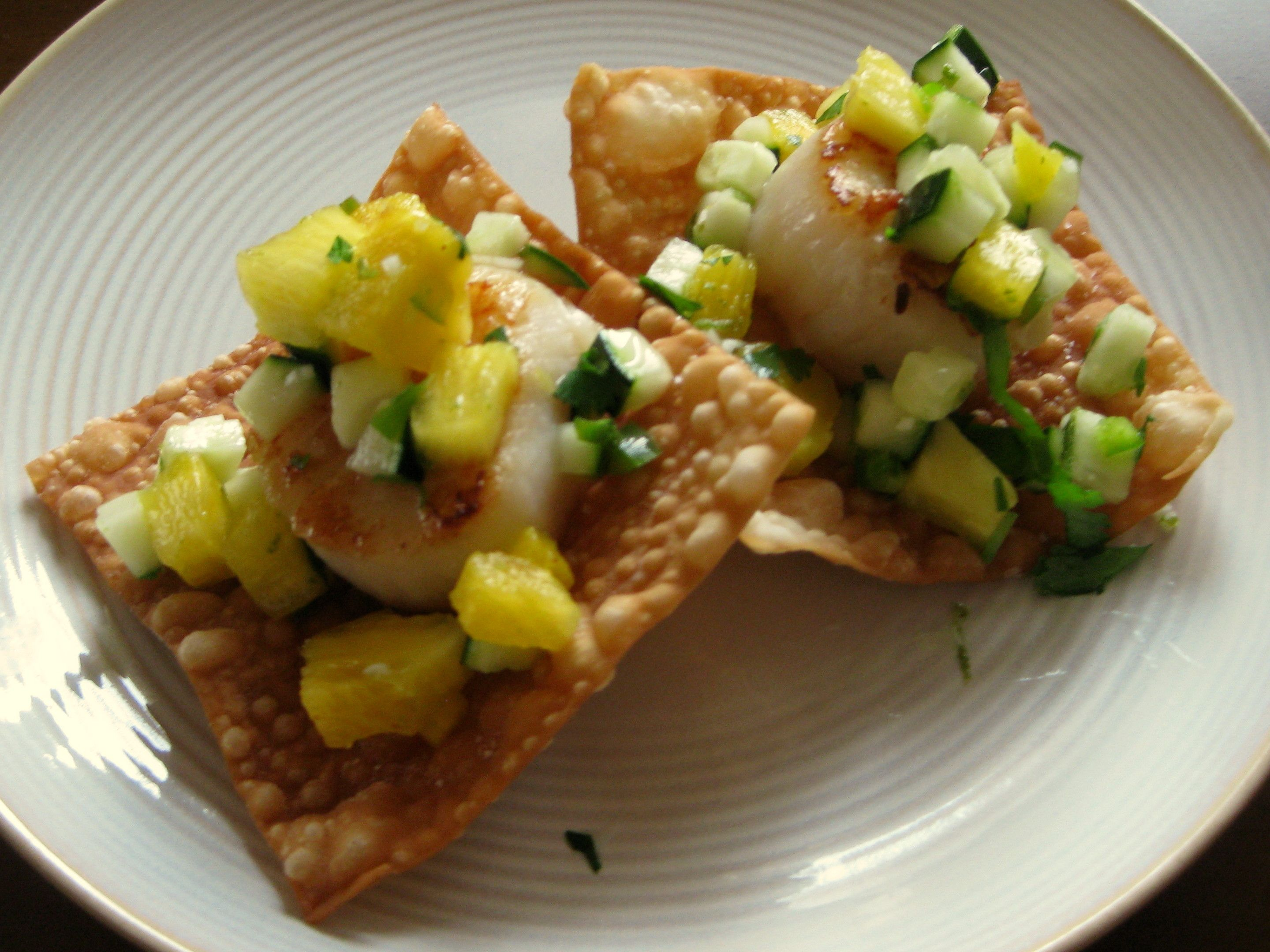 Scallops with Pineapple and Cucumber Salsa
