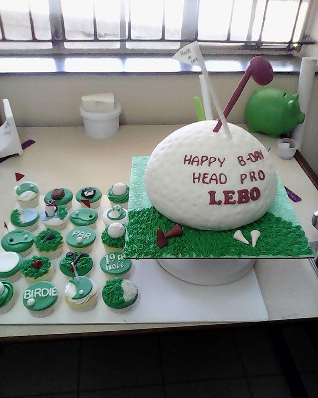 # golf lovers cake #khethiwe cakes #love of baking #ngiyabonga #sugar art