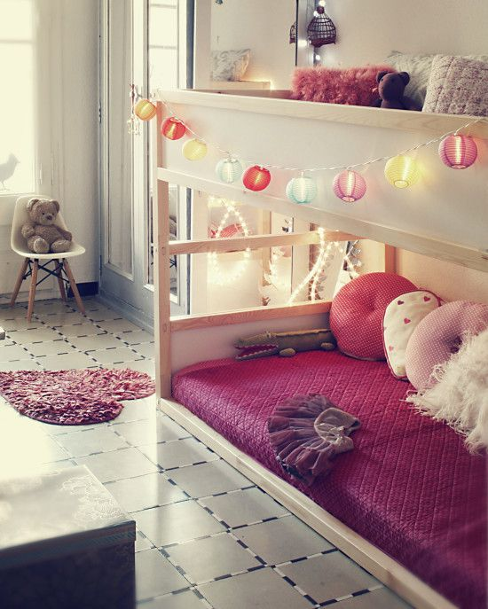 Updated version of the girls' Kura beds. I think they'd both agree on this but different color scheme. - IKEA Hackers