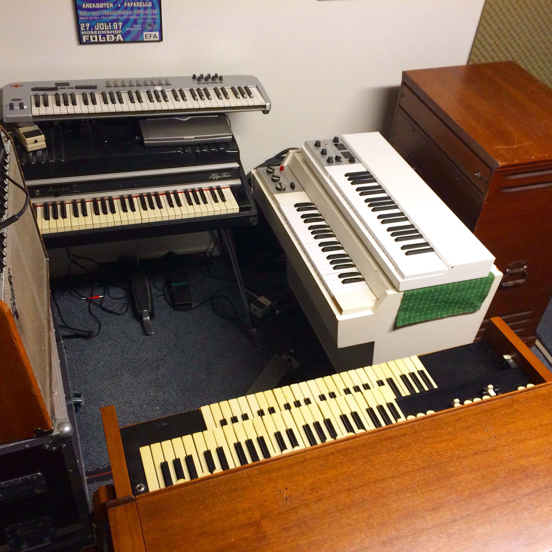 Mellotron M 400, Mellotron M4000D Hammond, Fender Rhodes