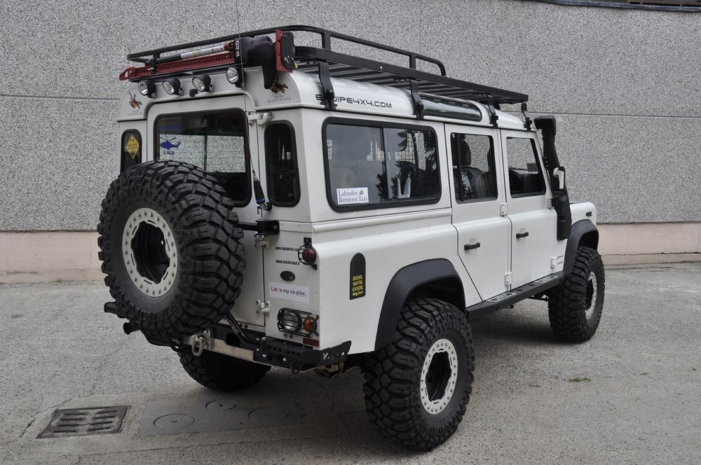 defender 110 td4 iceland equipe 4x4 off road equipment. Black Bedroom Furniture Sets. Home Design Ideas