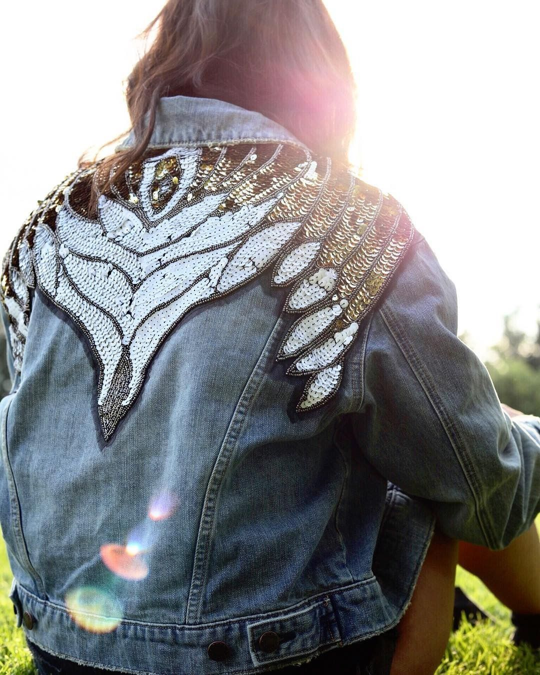 "450 Likes, 10 Comments - Free People Colorado (@fpcolorado) on Instagram: ""shine bright ✌✨ #positivevibes #summerstyle #glamembellisheddenimjacket : @bellzshmellz"""
