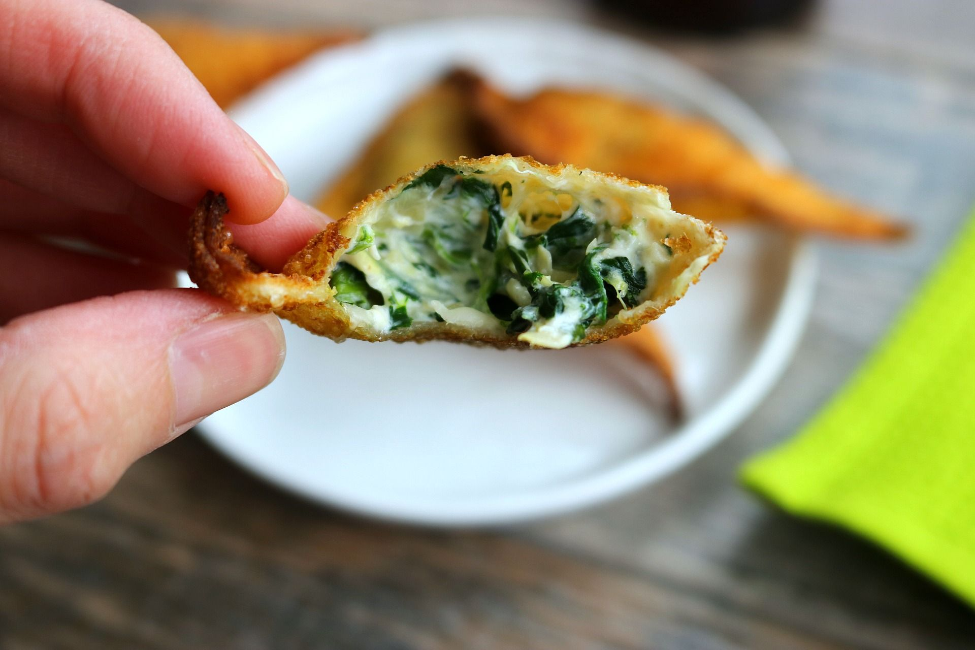 Spinach Artichoke Wontons The Perfect Game Day Snack Recipe Spinach Artichoke Recipes Food
