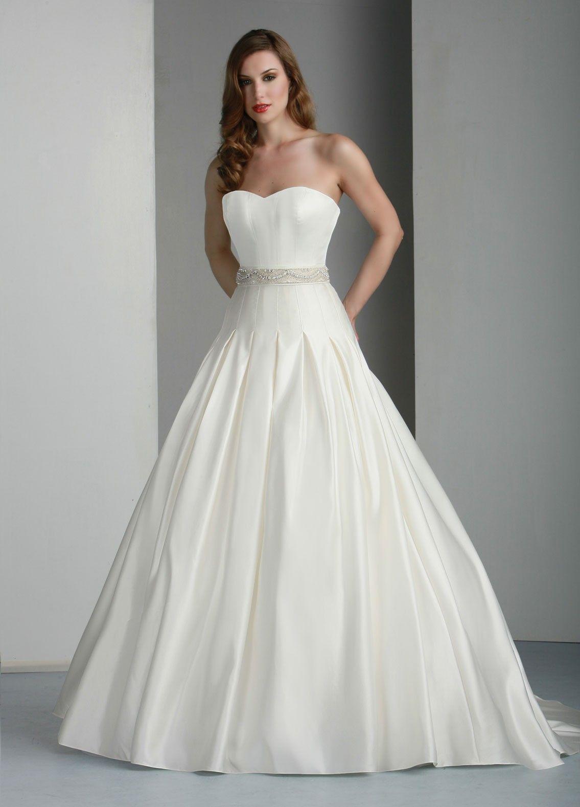 one of my dream dresses.   Wedding Dresses   Pinterest   Strapless ...