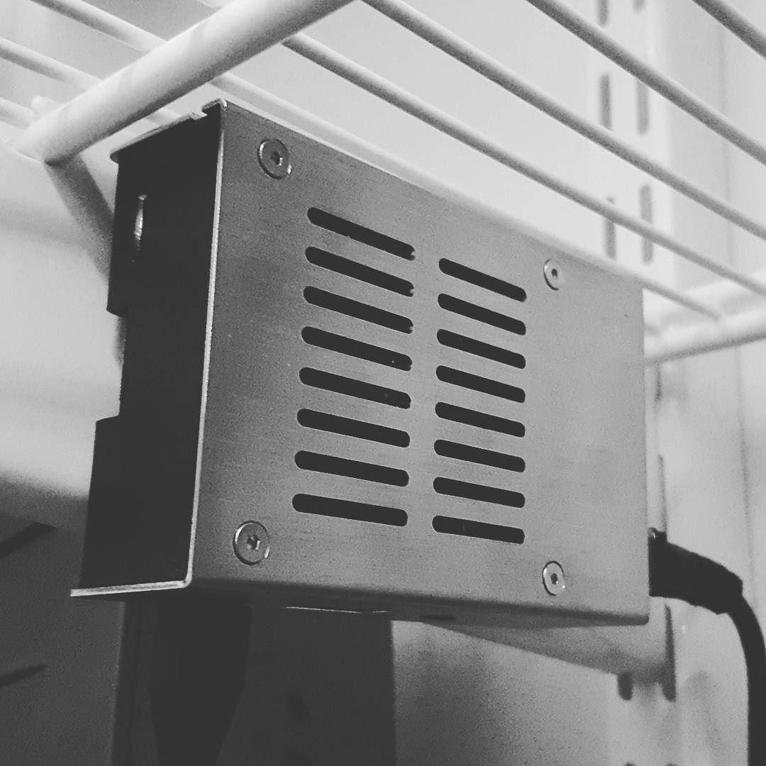 Something we loved from Instagram! Montage av #raspberrypi med magneter på #elfasystem. Roligt att återuppliva gamla kunskaper i #bash. by skyshaper Check us out http://bit.ly/1KyLetq