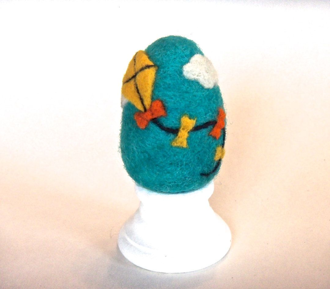 Needle Felted Egg - Kite - Easter Egg.