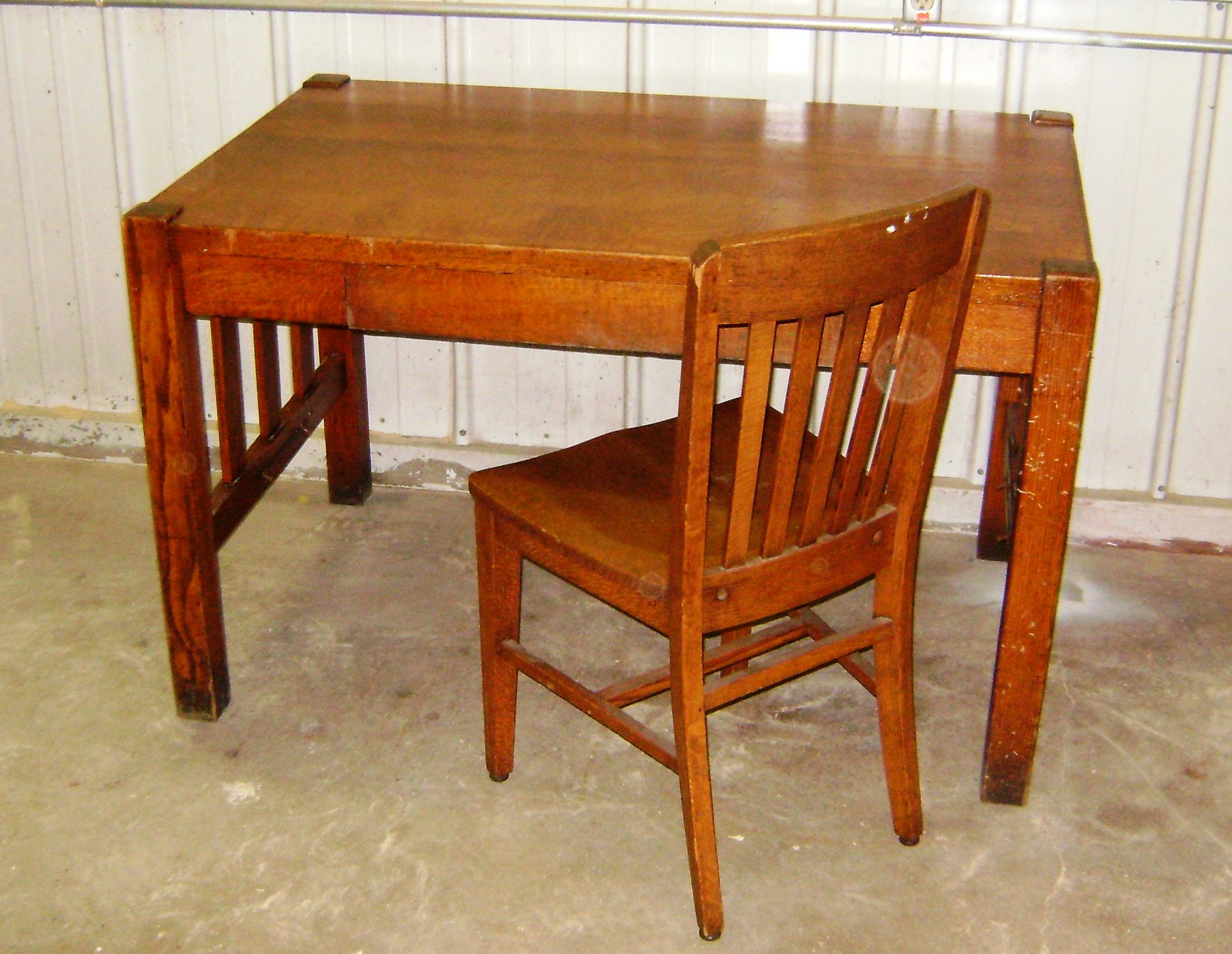 Attrayant Mission Style Library Desk With Chair For Sale At Tiny Green Cabins Antique  Sale $250.00