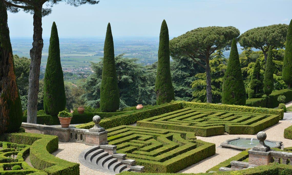 Baberdini Public Garden Near Rome Italy Offentlicher Garten Italienischer Garten Gartendesign Ideen