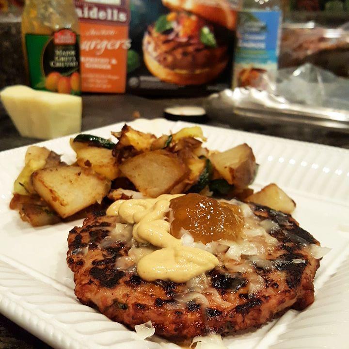 Omg dinner. New favorite alert. Apricot &  Ginger Chicken Burgers from #aidells #allnatural #noantibiotics #nonitrites with #rawcheddar #coconutaminos #dijon #majorgreyschutney #zucchini #potatoes #costco #paleo #cleaneating #healthy #lifestyleblogger #atlanta #atlantalife #singlemom #girlswhocook #dinner #realfood #eatrealfood #eatclean #food #foodpics