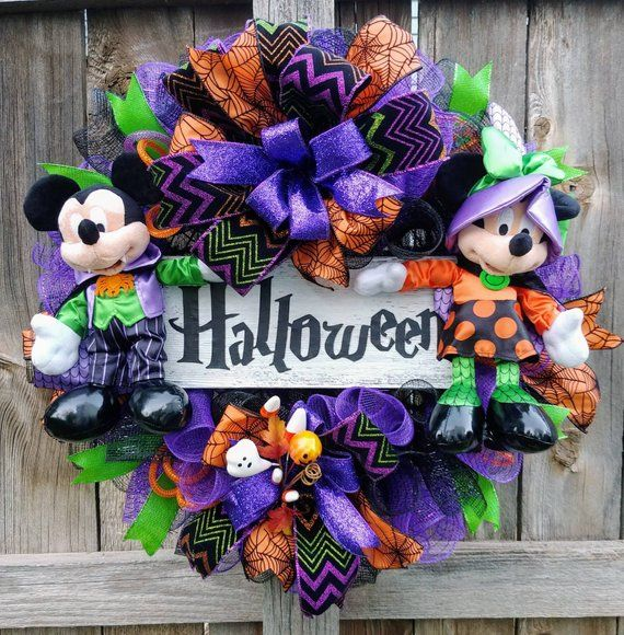 Mickey mouse Halloween wreath, Minnie mouse Halloween wreath, Halloween wreath, happy Halloween wreath #halloweenwreaths