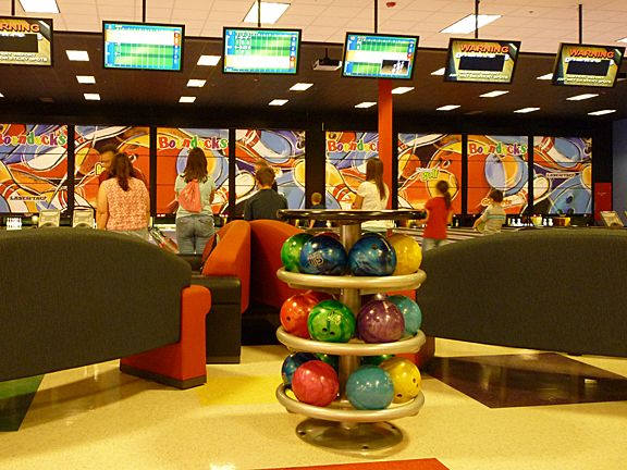 Boondocks In Kaysville Has Full Size Bowling Lanes And Smaller Lanes For The Kids Amusement Park Bowling Center Bowling