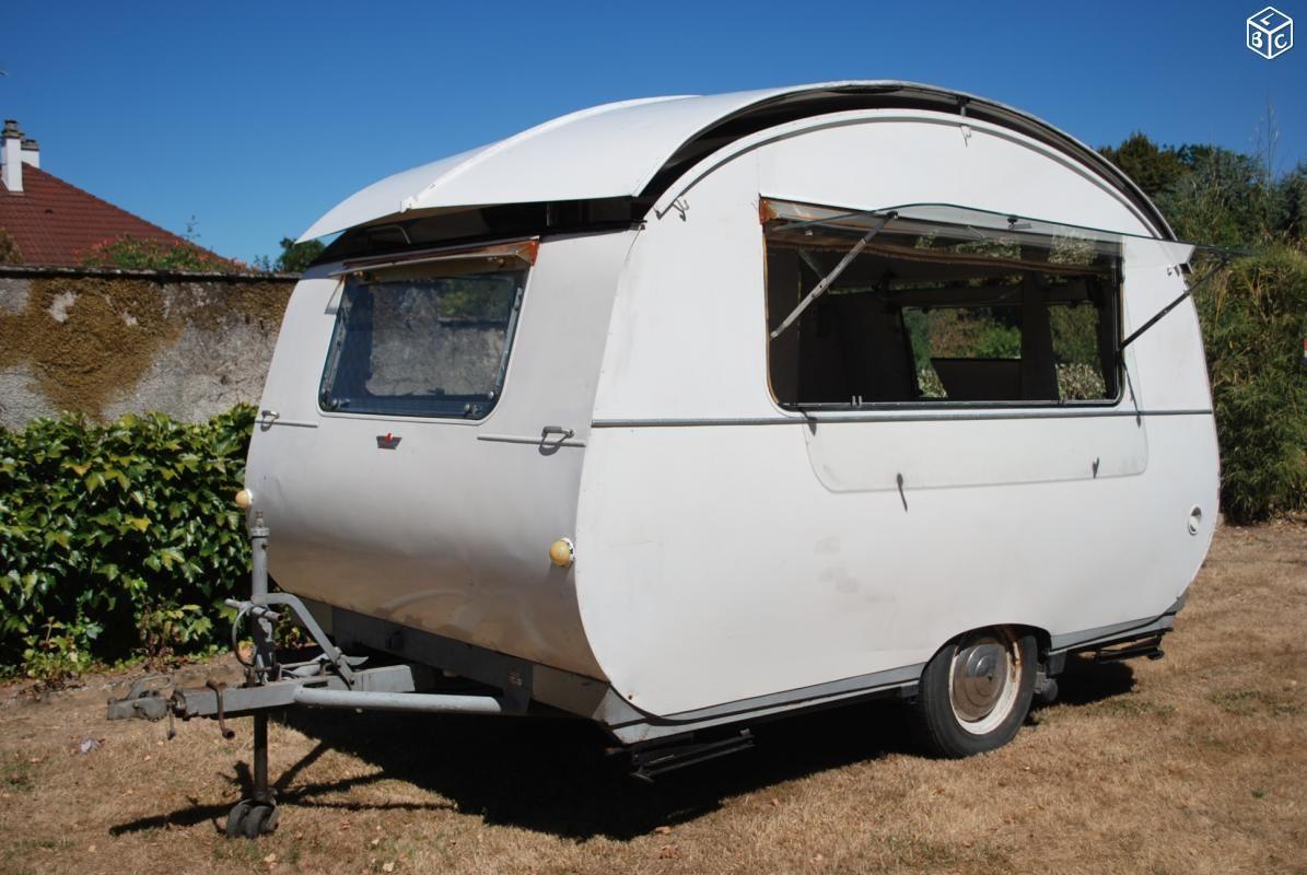 Bagatelle 1966 caravane ESCARGOT