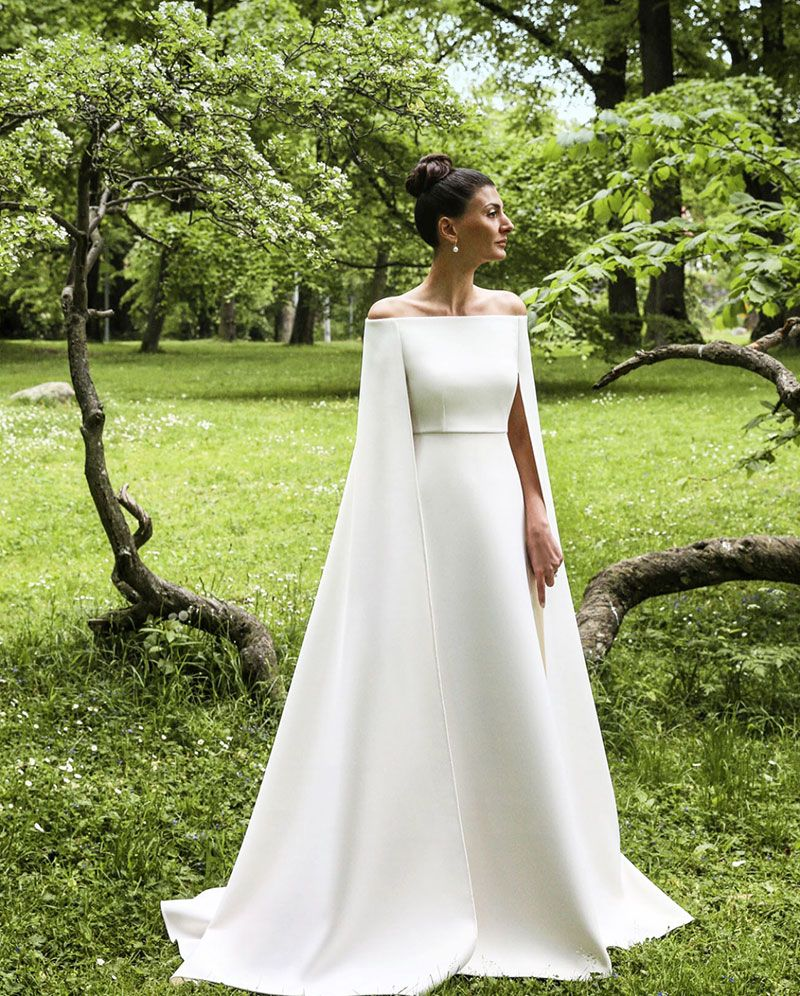 Spring 2018 Wedding Trends: Transparent Venues & Minimal