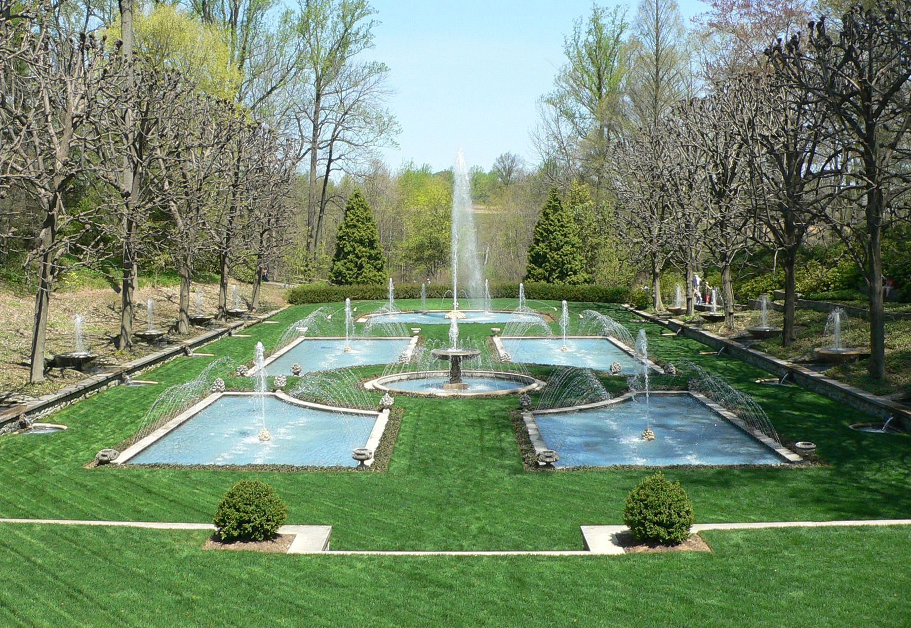 Image detail for file longwood gardens fountain garden 1 for Landscaping longwood