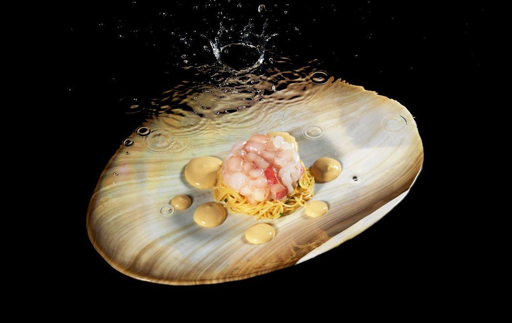 Massimiliano Alajmo | foto Sergio Coimbra | Spaghetti freddi con salsa di frutti di mare