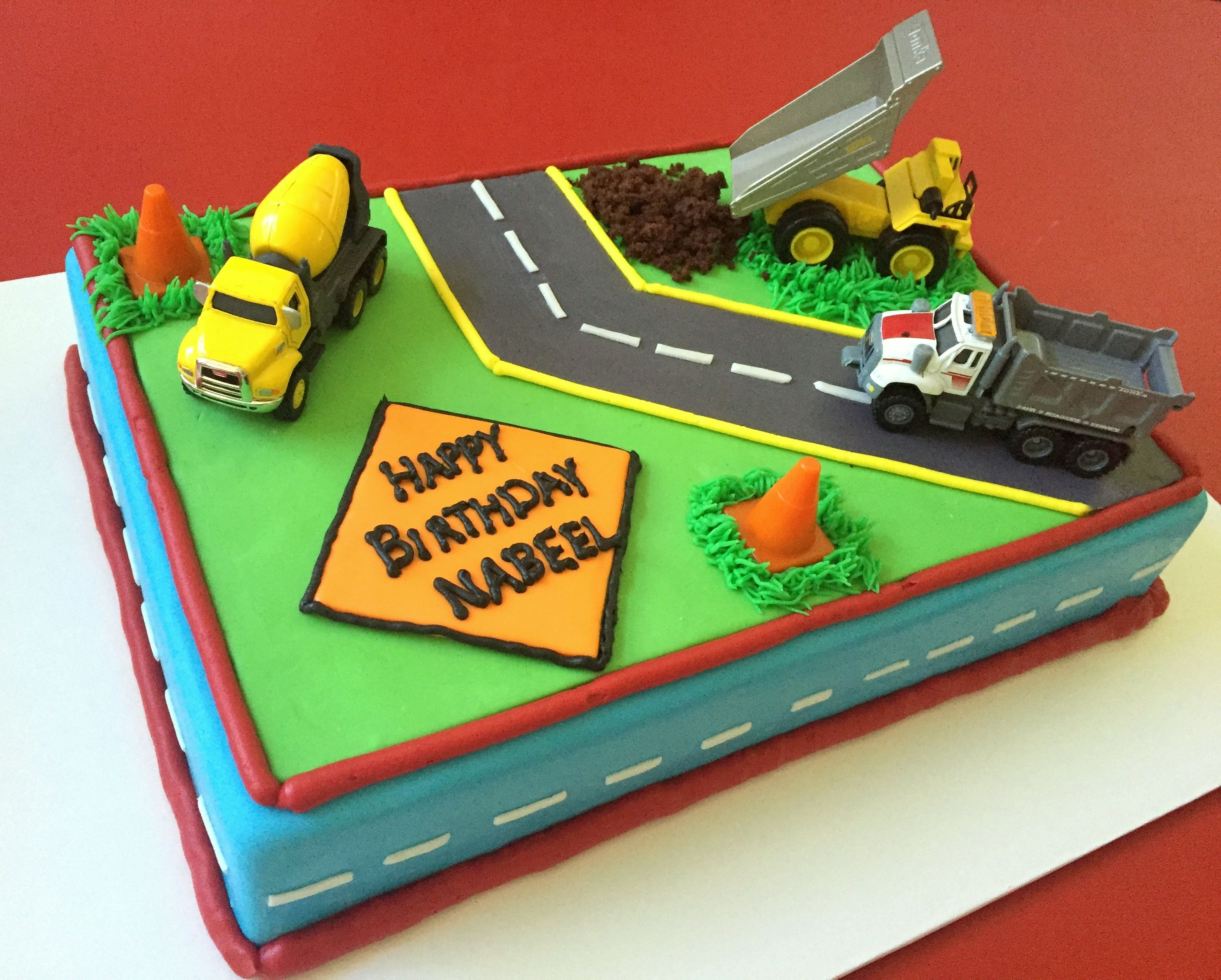 Strange Tonka Truck Cake With Images Tonka Truck Cake Dump Truck Funny Birthday Cards Online Necthendildamsfinfo