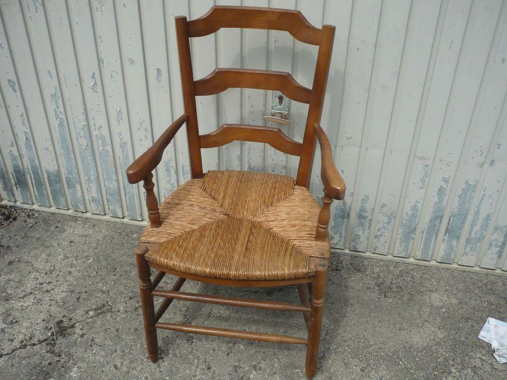 fauteuil paill style ancien campagnard et recent meuble pinterest style ancien fauteuils. Black Bedroom Furniture Sets. Home Design Ideas