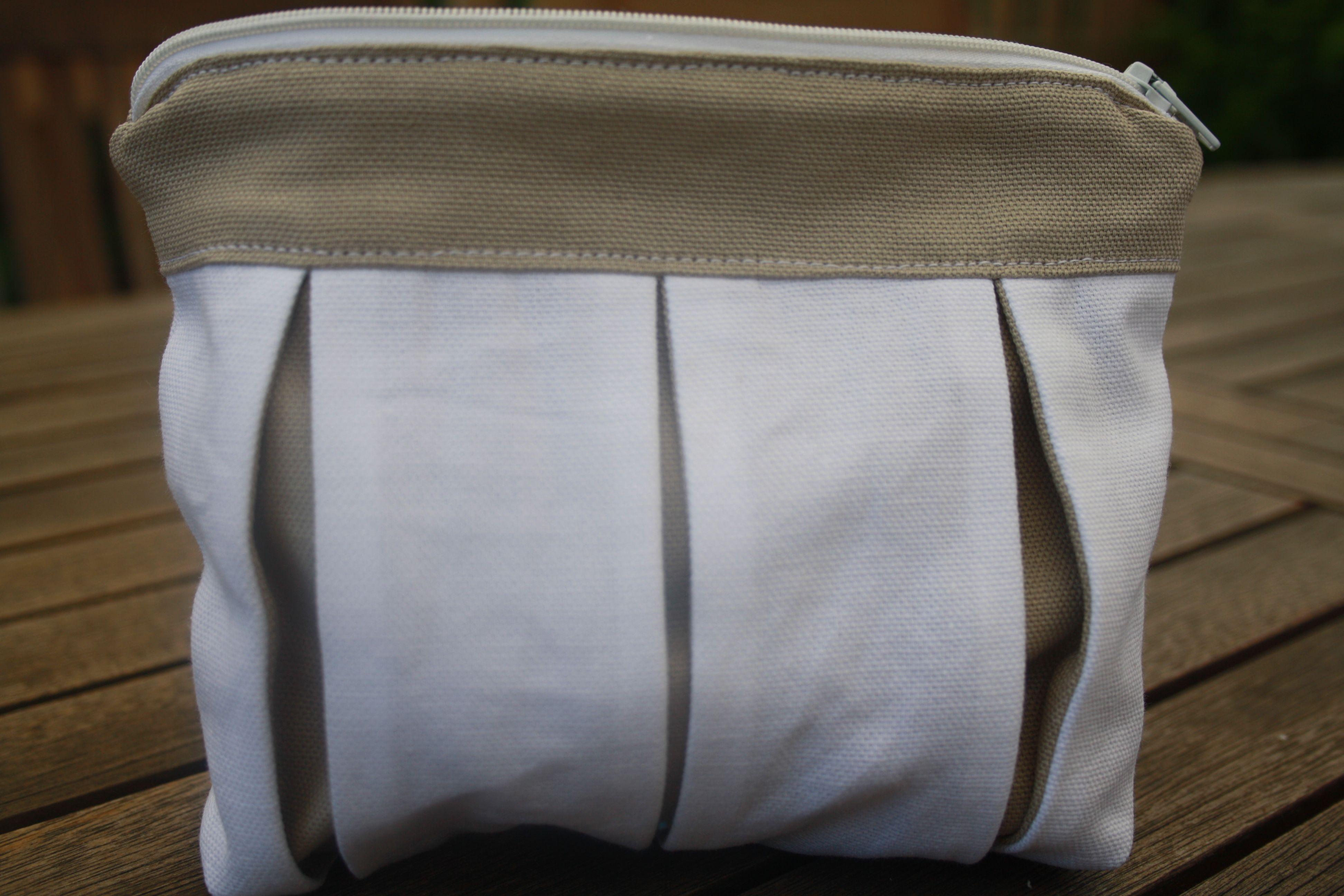 pochette Camilla porta oggetti da borsetta