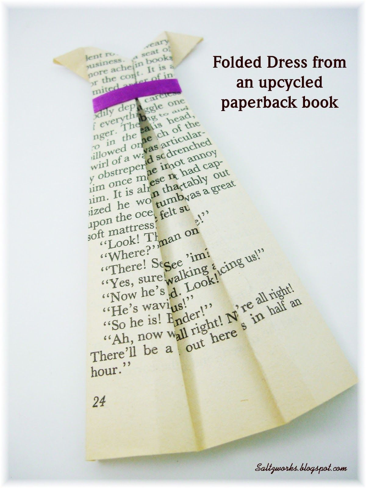 Upcycled Books Folded Dresses Upcycle Books Old Book Crafts Book Page Crafts