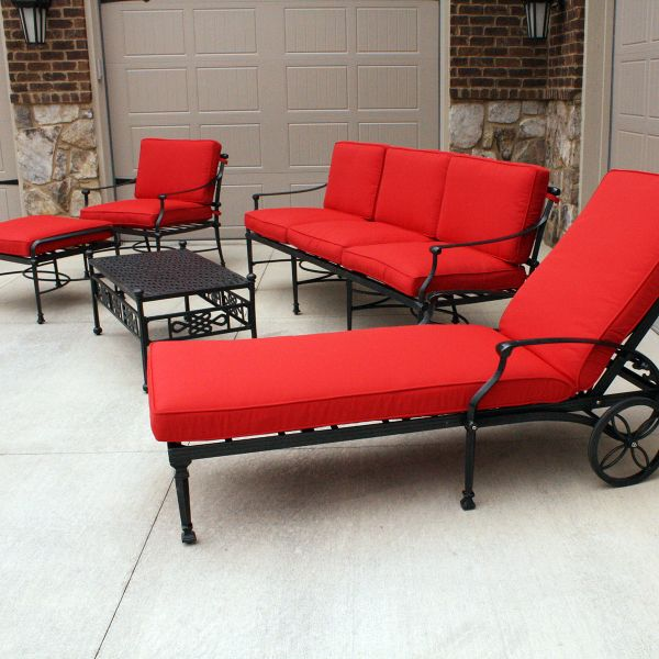 The Salina Deep Seating Collection by Leisure Select effectively mixes old European style with contemporary designs and materials. The pattern in the backrest is a modern spin on classic decorative motifs found in the antique wrought iron garden furniture originally found in parks and cemeteries during the 1800's.  #Red #PatioFurniture