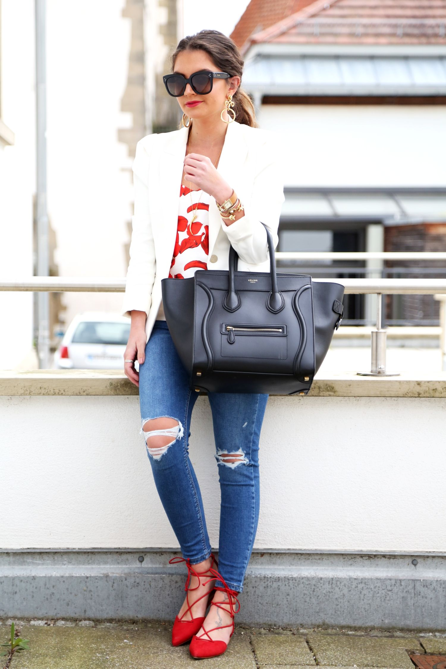 6c196206ee0b6 outfit-off-shoulder-top-white-blazer-ripped-jeans-celine-luggage